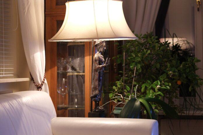 lampadaire d'intérieur